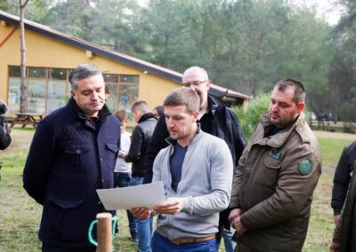 Minister of Tourism and Environment Blendi Klosi and Erald Bejko, presenting the project before starting with the implementation.